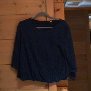 His is navy blue shirt with lace quarter sleeves!